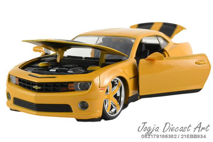 Terjual Jual Chevrolet Camaro Yellow