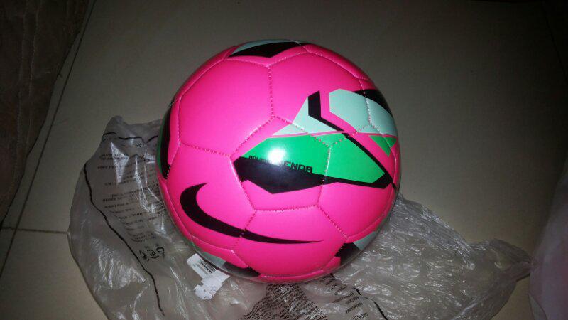 937ec404b5 Terjual bola futsal nike original (brand new)