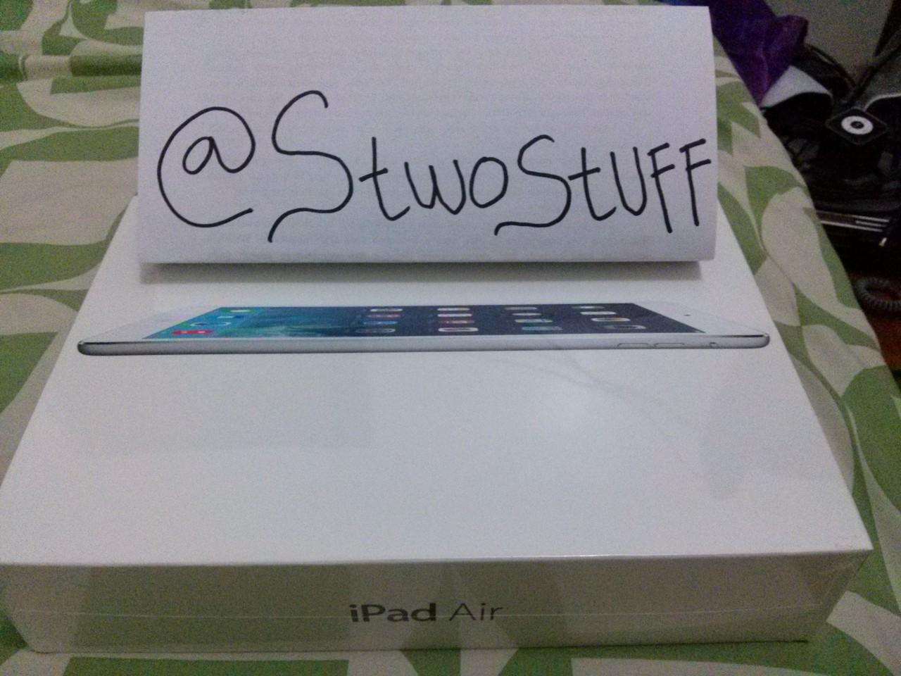 iPad Air NEW 16GB Wi-Fi only... 6,5 negooo cuma 1 unit. Masih segel!