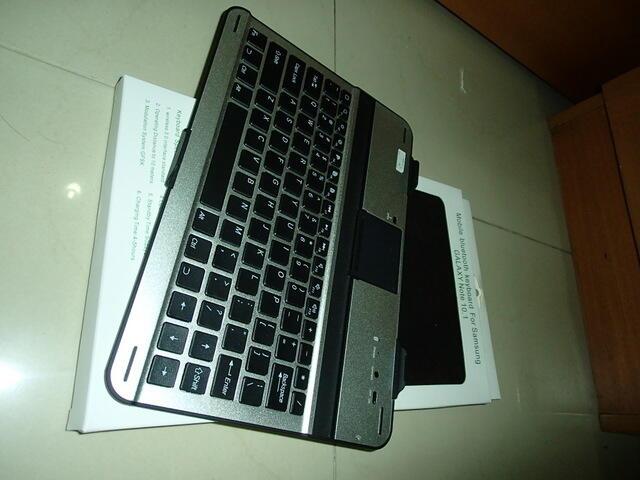 Aksesoris 2nd Galaxy Notes 10.1 ( Bluetooth Keyboard, casing, dus, dan chargeran)