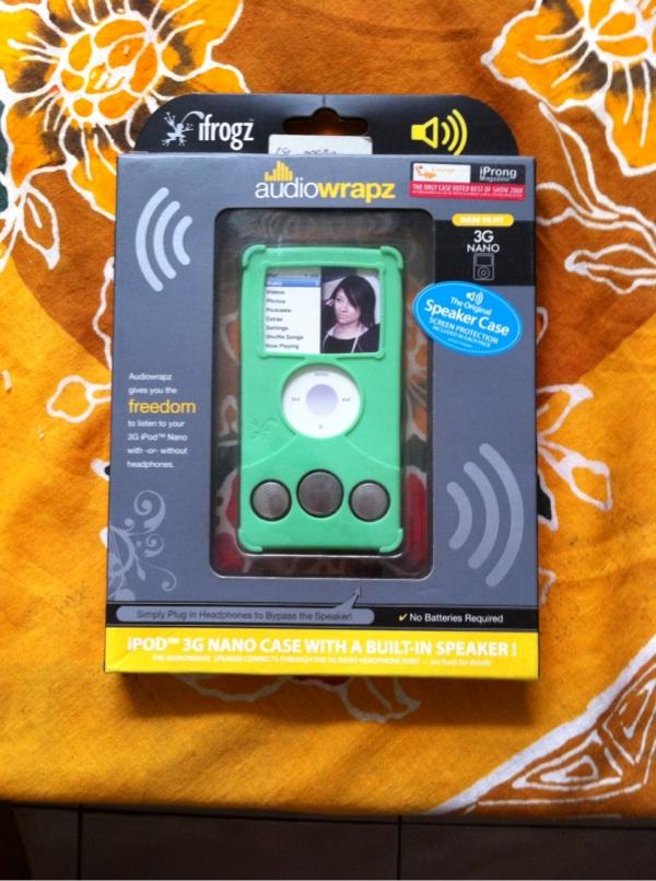 Softcase with speaker for ipod nano 3rd gen, & ifm for ipod bandung