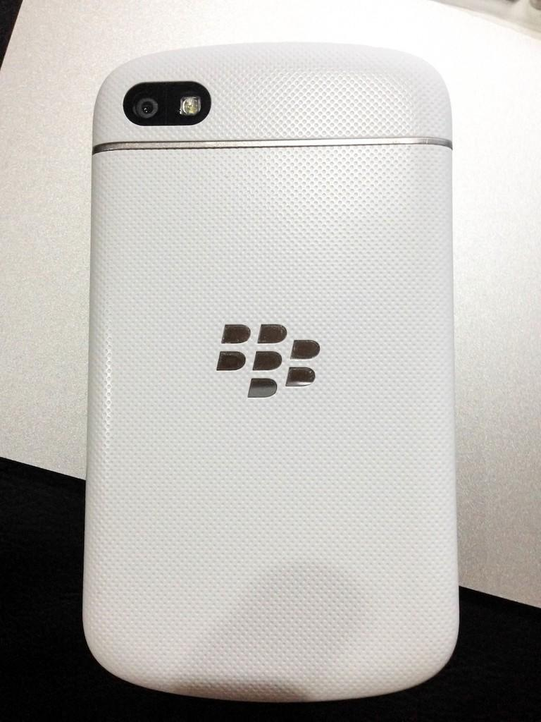 FS : BlackBerry Q10 (White)