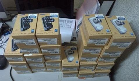 Samsung Note 3 RP.1,800,000, Apple iPhone 5s 16gb Rp.2,200,000, Sony Z2 Rp.1,700,000,