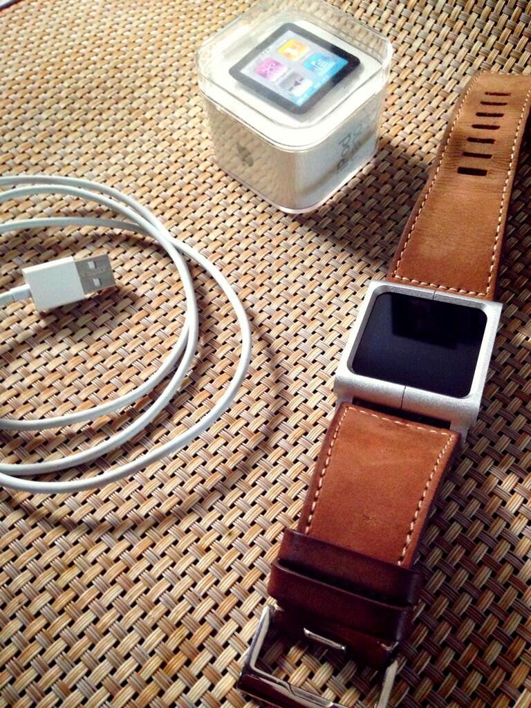 dijual Ipod nano 6 biru ori muluss + lunatic chicago