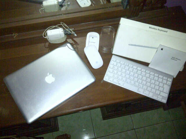 laptop apple macbook pro bonus keyboard & mouse wireless