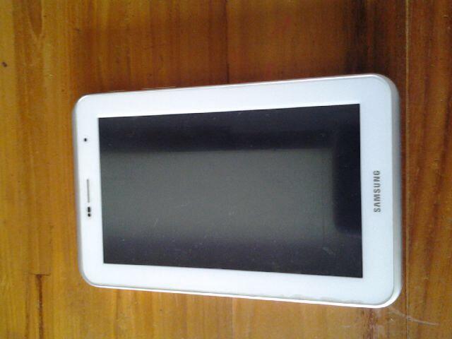 Jual: Galaxy Tab 2 16GB Warna Hitam dan Putih, Jogja!