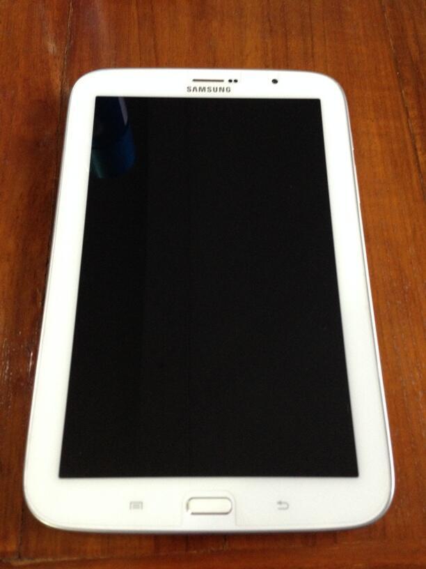 Samsung galaxy note 8 GT-N5100 16 GB (white)