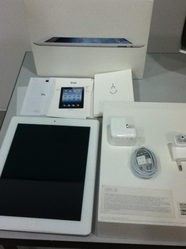 iPad 3 64GB wifi+cellular white