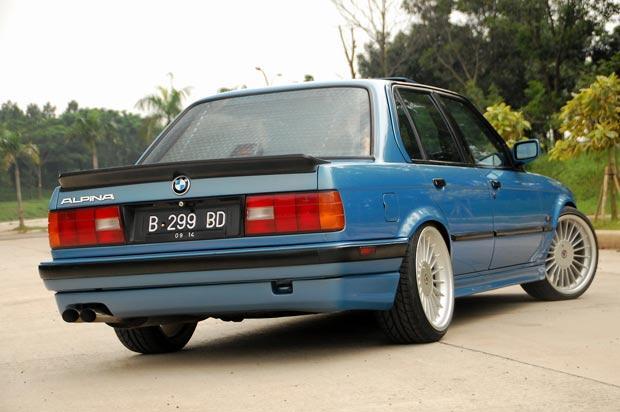 BMW E30 318i (M40) Salah Satu Model Terawet Dari Pabrikan Mobil BMW