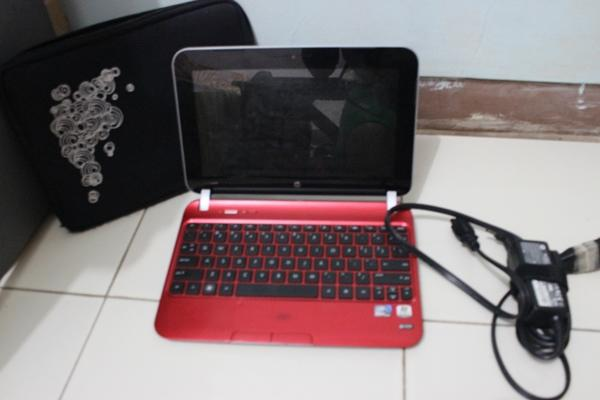 Notebook HP Mini Merah