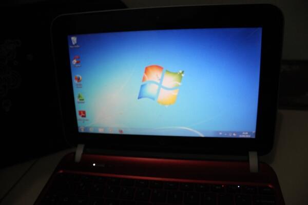 Notebook HP Mini Merah