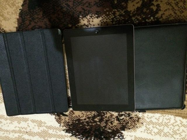 Ipad 3 WIFI + GSM (New Ipad) -> Bonus 2 Casing