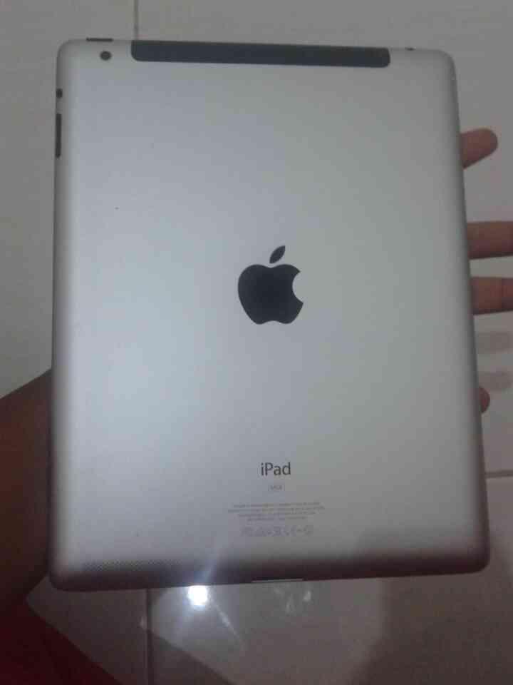 IPAD 2 3G+WIFI 64GB (white) FULLSET!!! BARANG BAGUS!