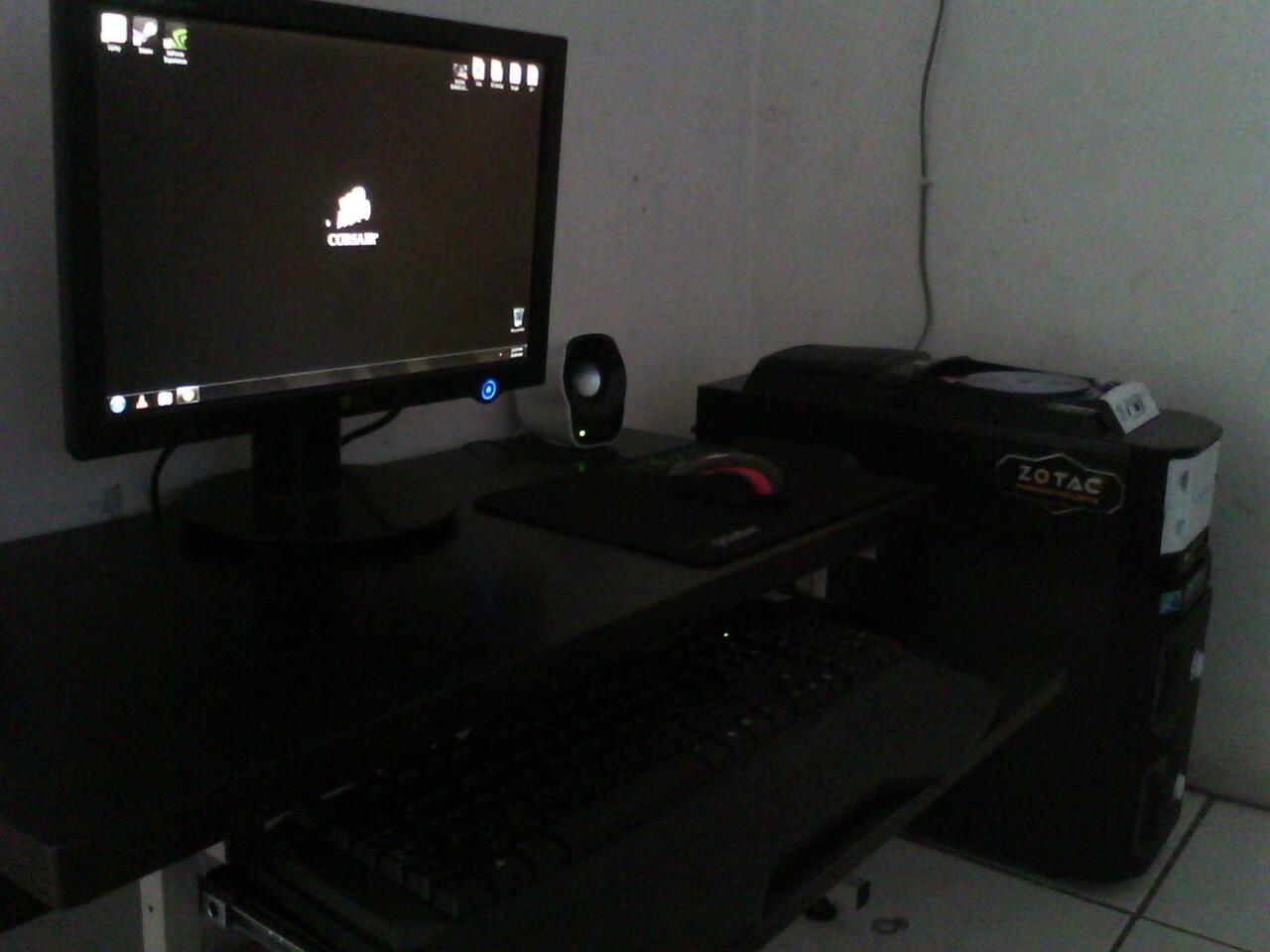 Terjual Meja Komputer Lesehan Laptop Lipat Anak Gambar
