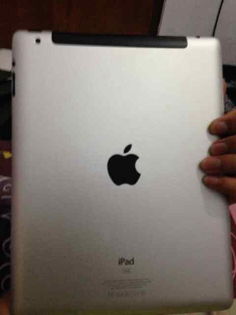 Ipad 2 64gb 3g+wifi fullset no dent murah gan!!