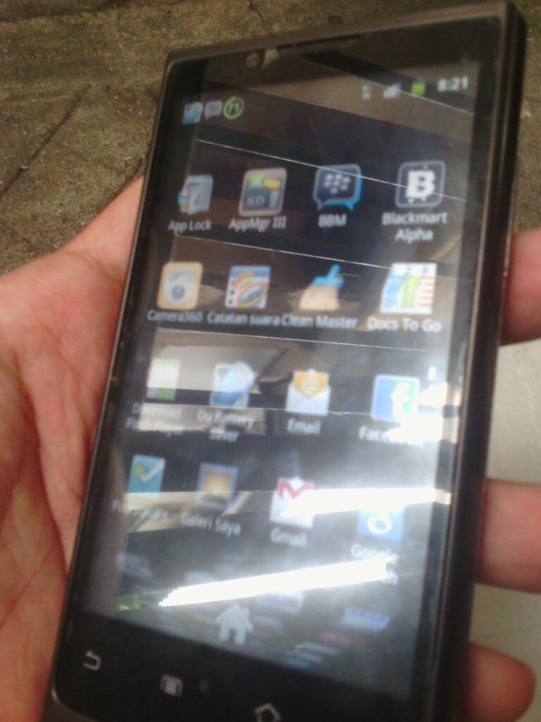 JUAL CEPAT android MURAH AXIOO VIGO 410 Surabaya SBY