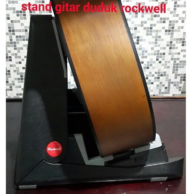 Jual stand gitar duduk merk rockwell bisa dilipat dan praktis. harga murah