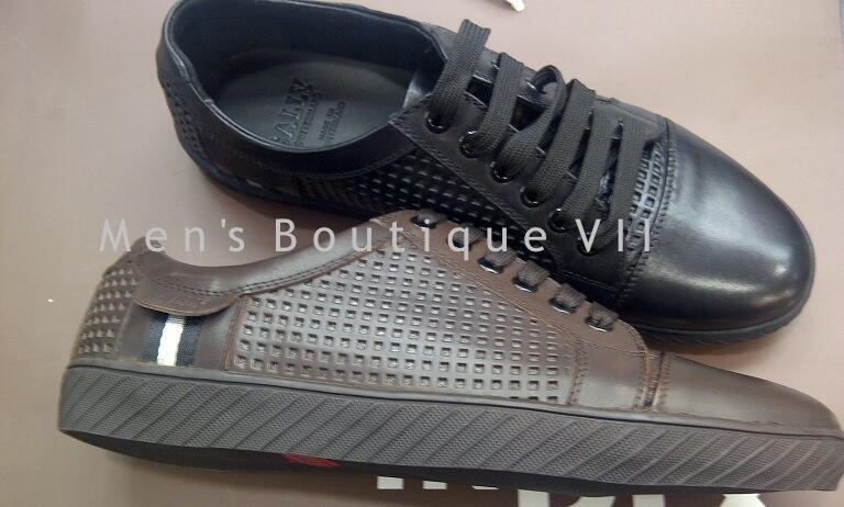Sepatu Gucci - Louis Vuitton kualitas Semi original. Harga bersaing Model  keren cdc9a1bb7a