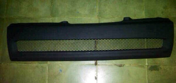 Grill jaring FORD LASER SONY