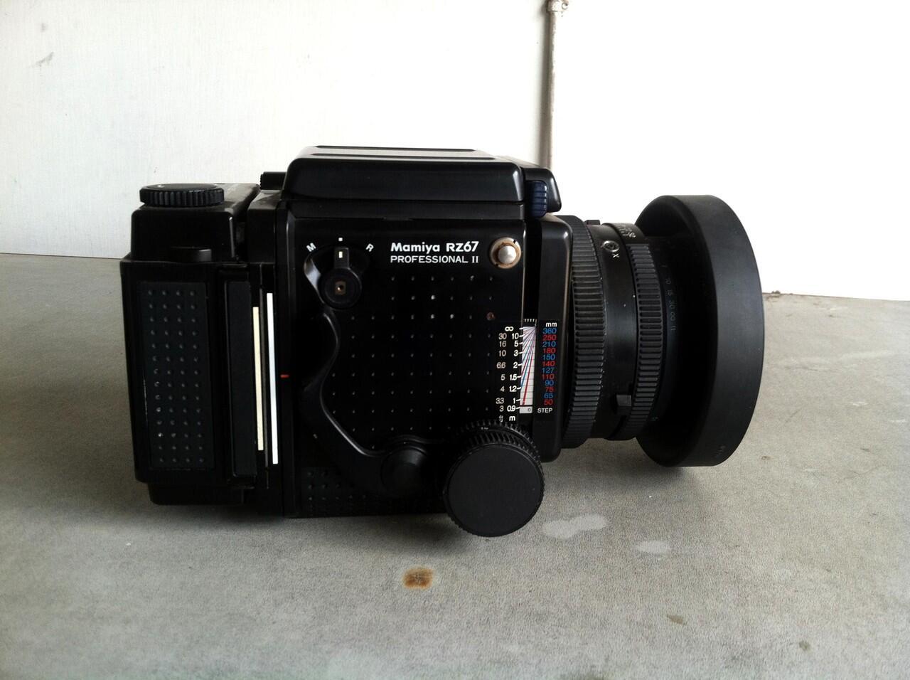 Kamera Analog Medium Format Mamiya RZ67 Pro II 2 Lensa 2 Back
