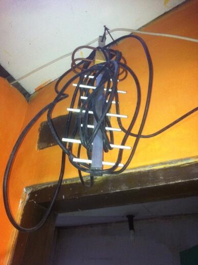 Antena Yagi 35db -- SOLO