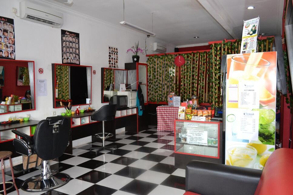 Lanang 'Rajawali' Barber Shop (Duren Sawit, Jak-Tim)