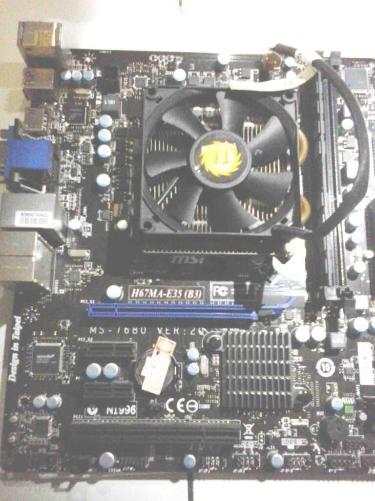 """""""WTS"""" Sepaket LGA 1155 mobo MSI H67MA-E35 + i5 2500 + HDD"""