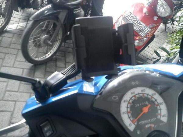 Jual Holder Hp / gps Untuk Di Motor, Mobil, Sepedah dengan Harga Murah