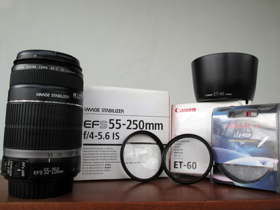 WTS : CANON EFS 55-250mm f/4,5-5,6 IS + LENS HOOD ET-60 (sepaket) *second*