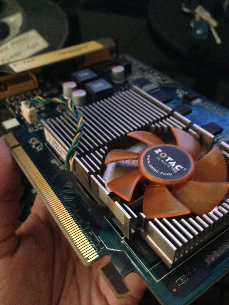 FOR SALE: VGA ZOTAC GT 210 1GB 128BIT