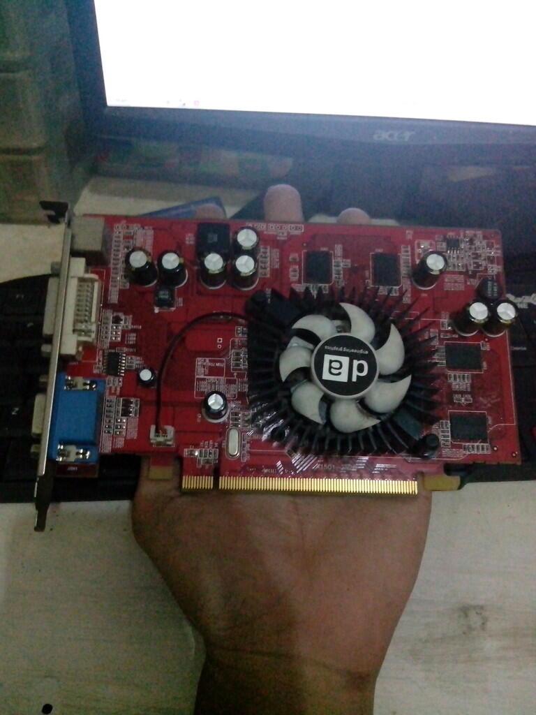 DA X1550 ddr2 256mb/128bit