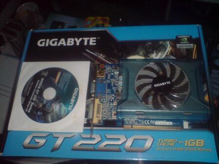 Gigabyte GT 220 512 mb 128 bit gddr 3 fullset garansi