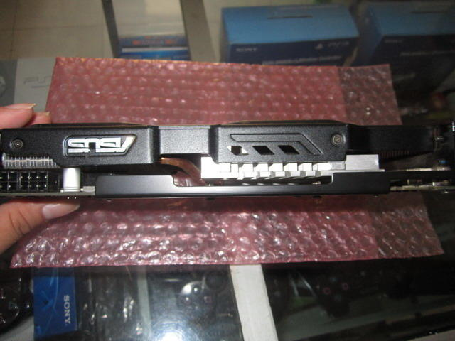 VGA ASUS Geforce GTX 560Ti DirectCU II TOP (Istimewa Like New) Semarang
