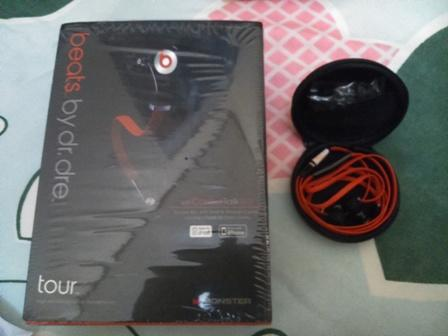 WTS Handsfree Mosnter Beats by Dr Dre Control Talk