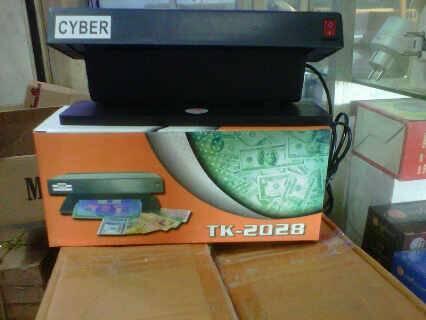 alat deteksi uang palsu/money detector, alat deteksi uang palsu