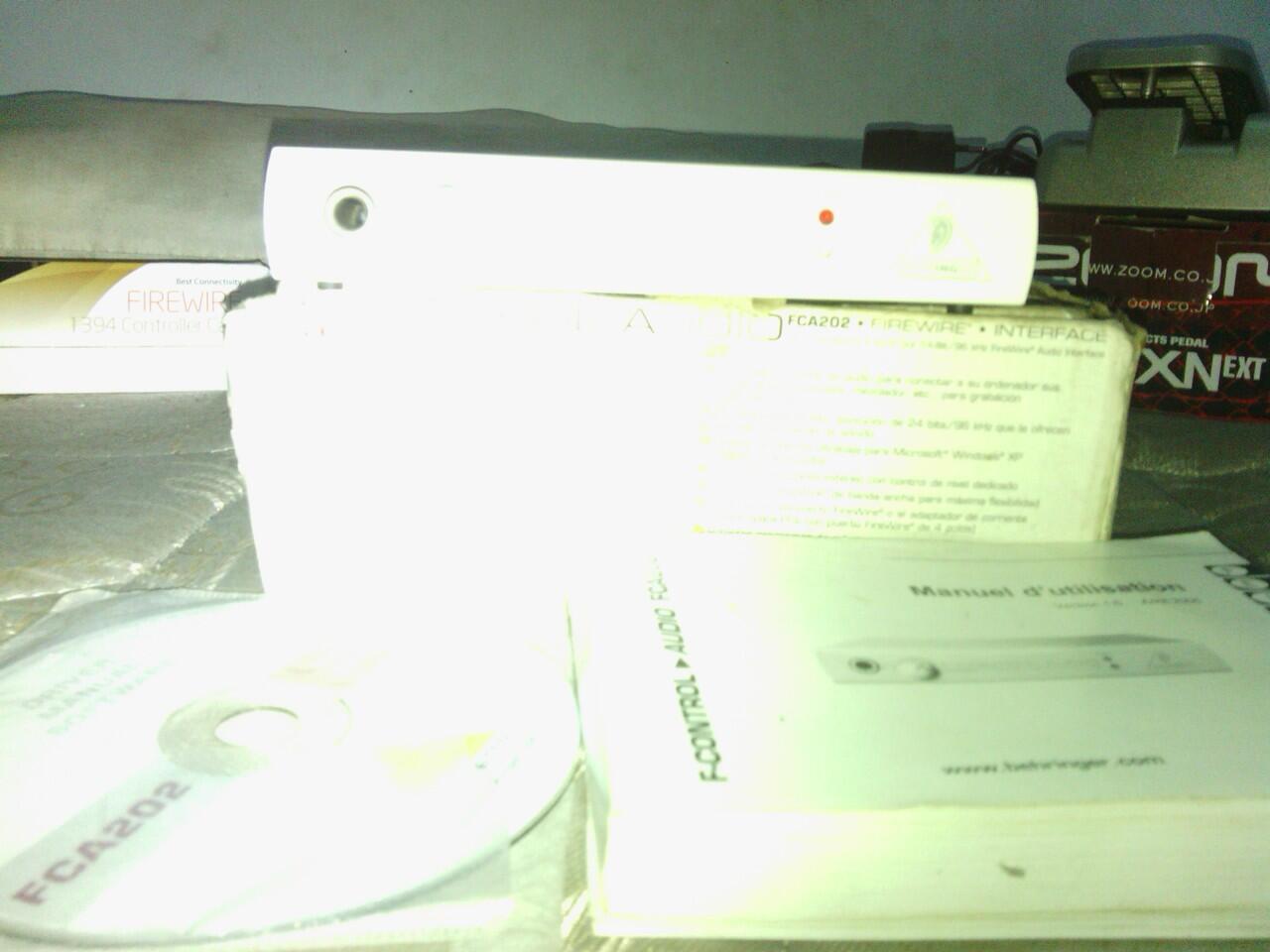 Soundcard FireWire BEHRINGER FCA202 [apa adanya]