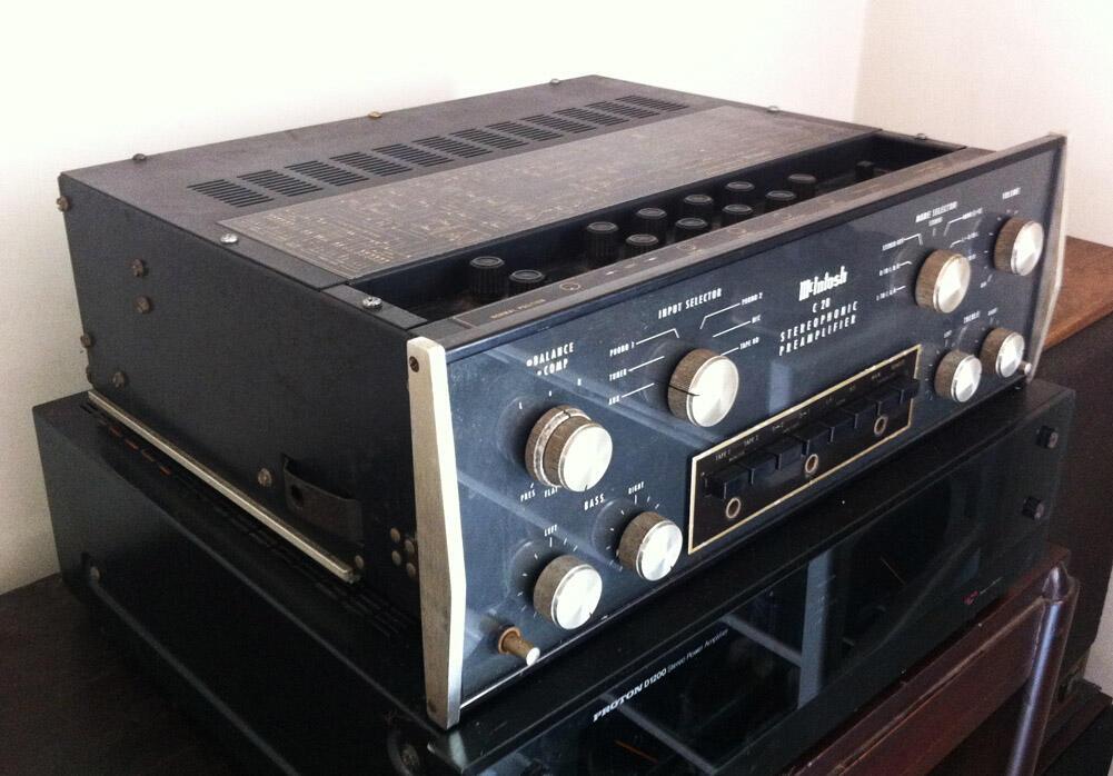 Pre Amplifier McIntosh C28
