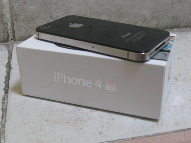 iPhone 4s 32GB Factory Unlock FU Black