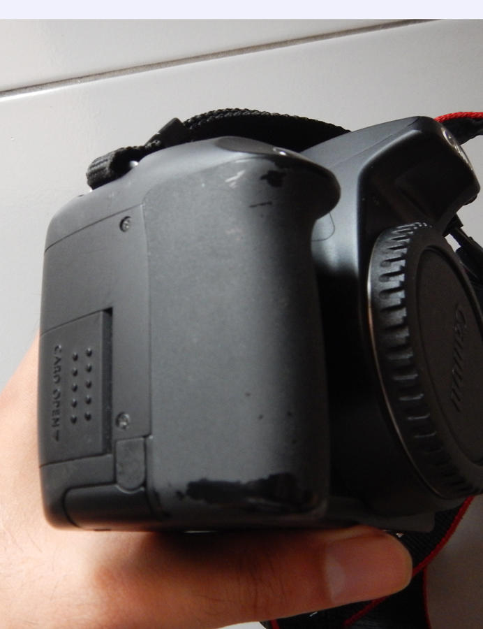 WTS Canon eos 1000D + KIT, Canon 50mm 1.8, Nikkor 28mm 2.8 ais