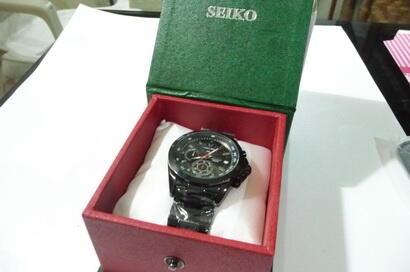 Jam tangan chrono tanggal stopwatch