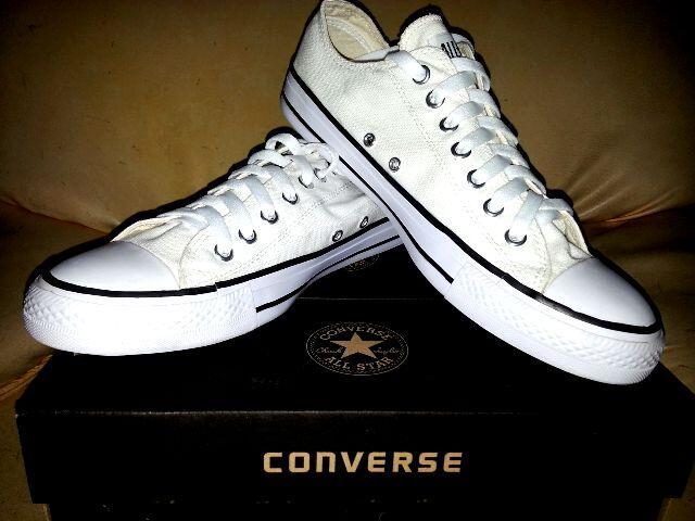 Terjual jual sepatu converse murah meriah  677a58fee7