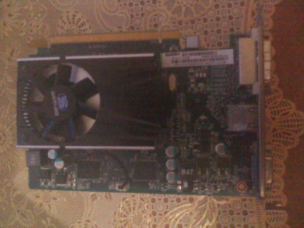 VGA SAPPHIRE RADEON HD5570 1 GB DDR3 PCI-E (Masih Garansi)