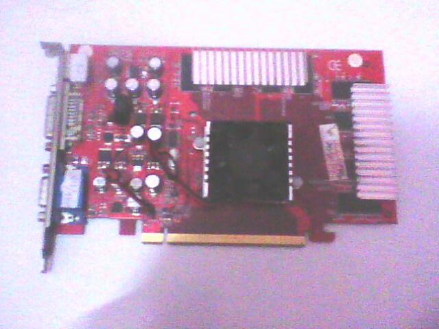 <VGA> PCI-E GeForce nVIDIA SERI 6600 256MB 128BIT <BANDUNG>