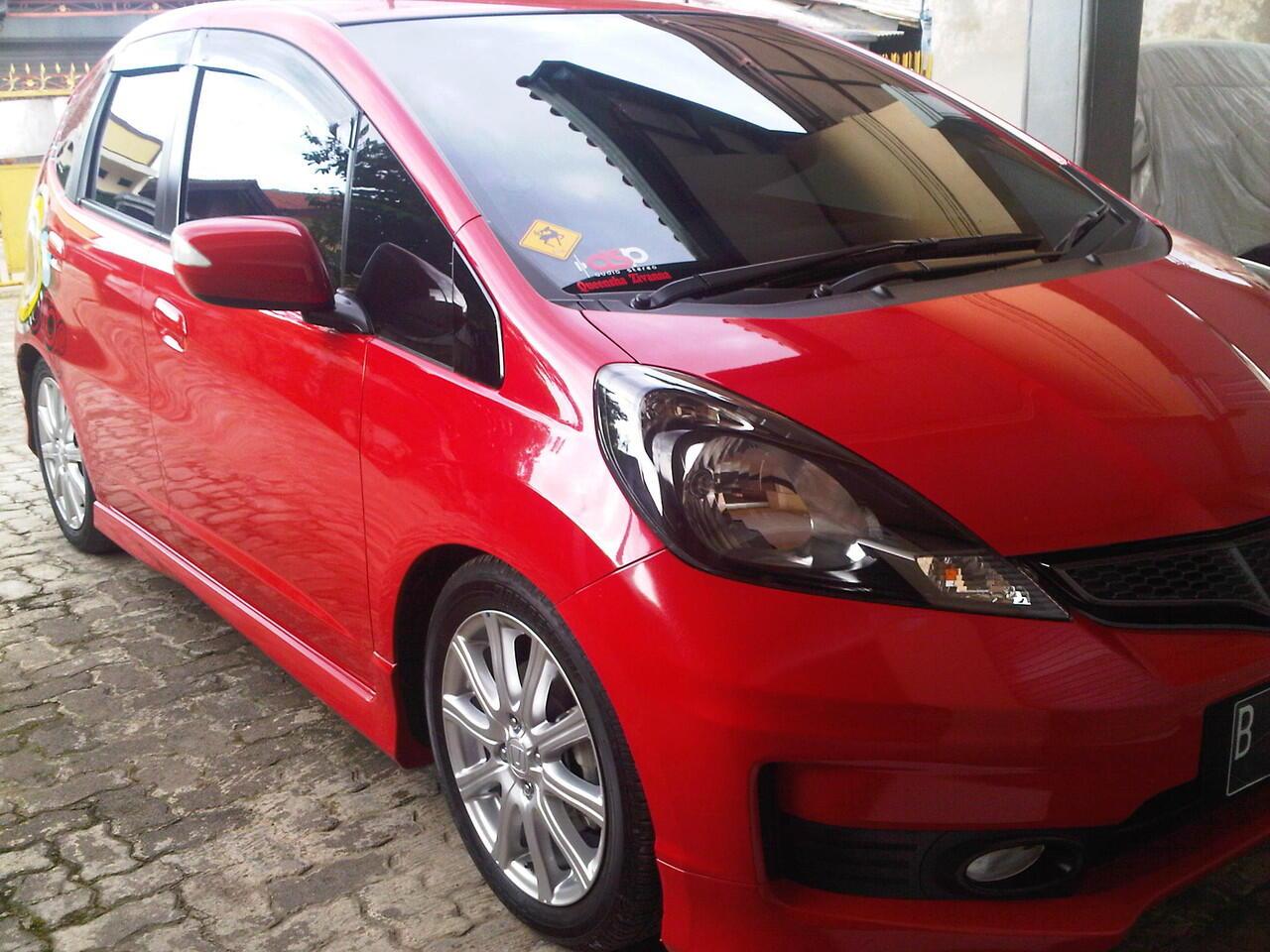 8400 Gambar Mobil Honda Jazz Merah 2014 Gratis