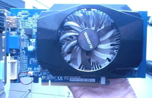 VGA GA R5570 DDR3