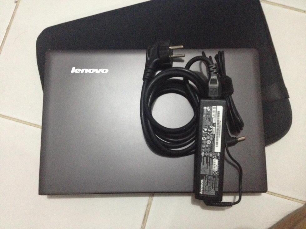 LENOVO IDEAPAD U300E (SSD 120 + SSD 32GB RAM 8GB)