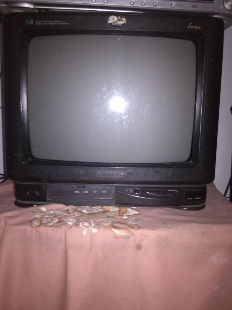"TELEVISI TV Tabung Crt, Merk Polytron 14"" Murah saja gan..."