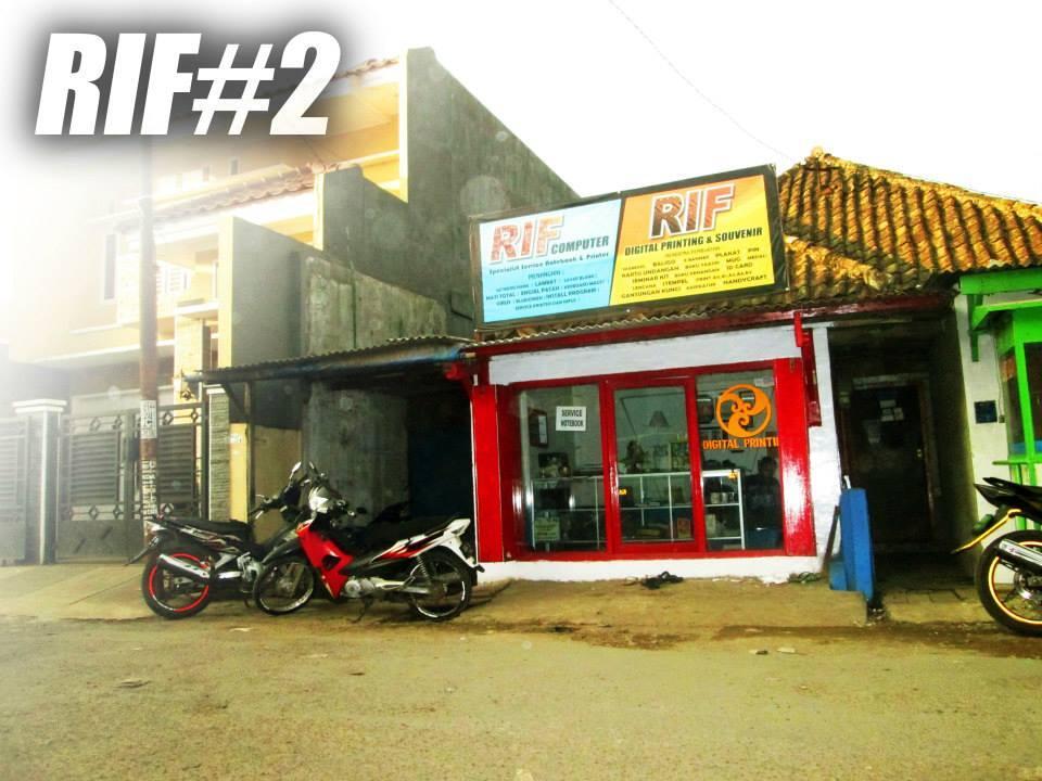 "Plakat Murah ""Rif Studio cabang Cimahi"""