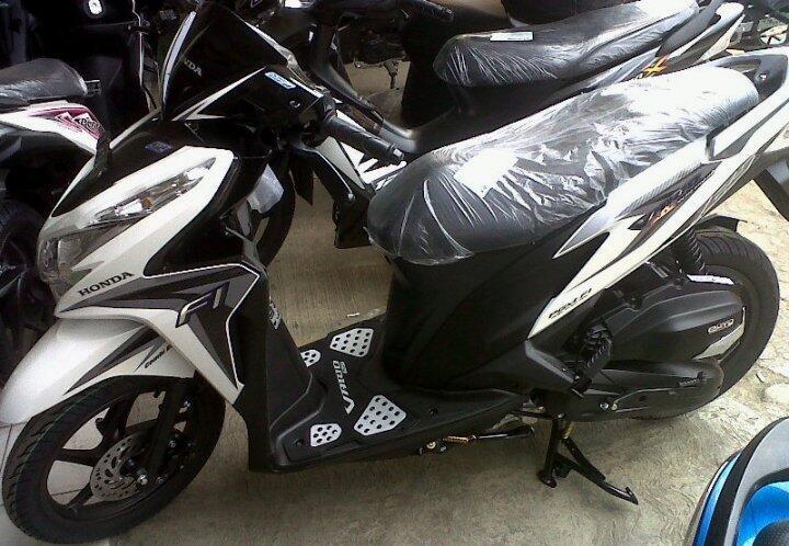 Honda Vario Techno 125 CBS ISS { Promo Kredit }
