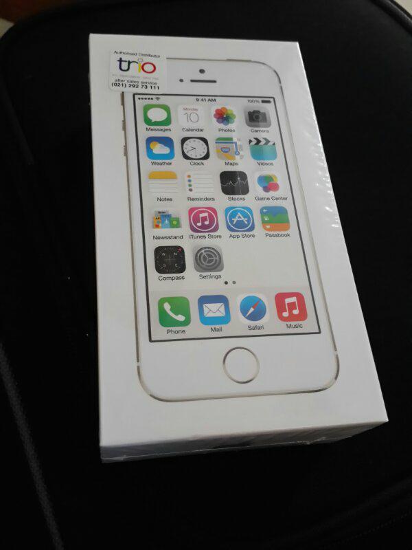 Terjual iPhone 5s Gold 16GB garansi resmi 8jtan - COD Bandung ... bdd898bcb6
